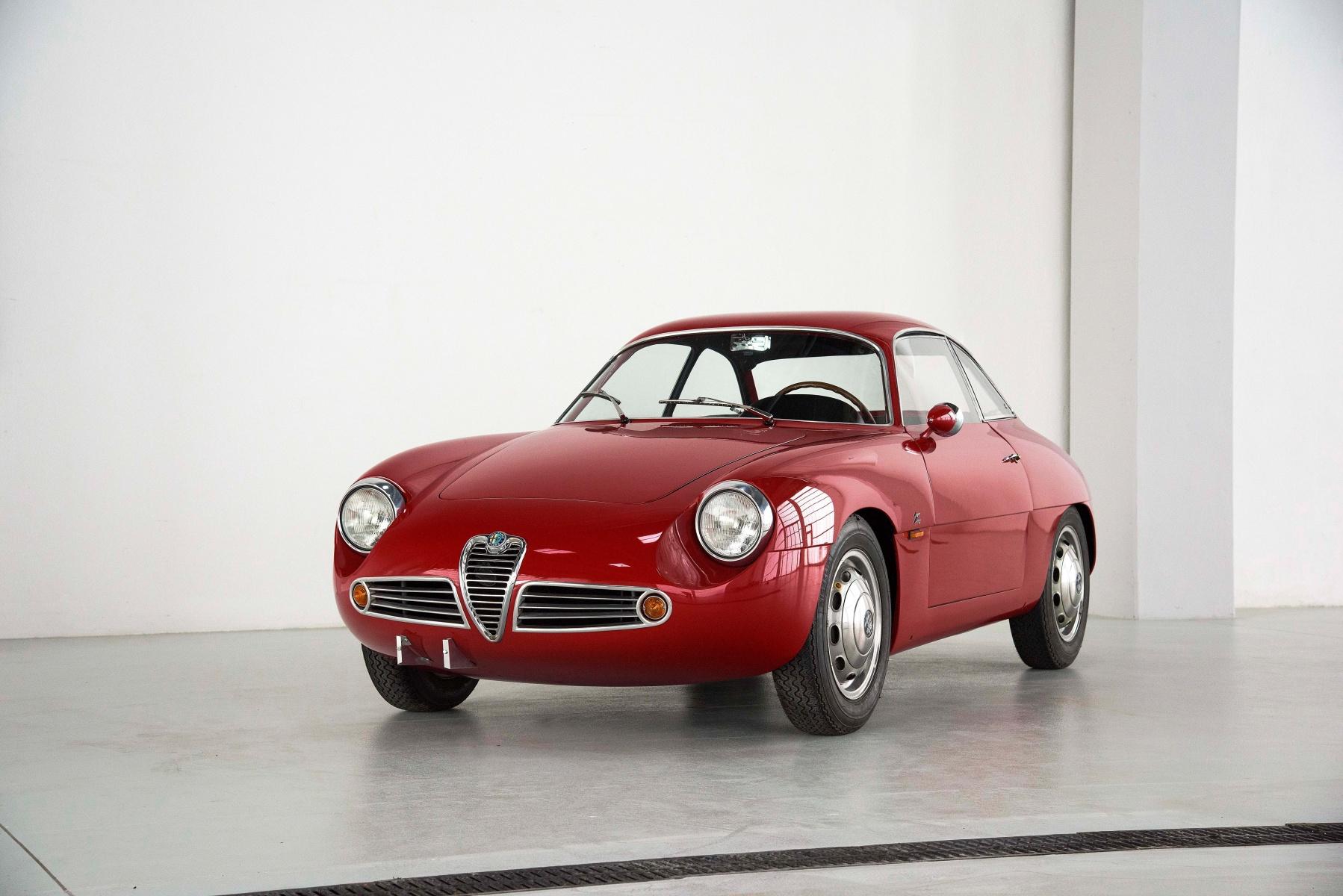 10126 Giulietta Sz Radicalmag 1961 Alfa Romeo Spider Heck Ende Der 50er Jahre Wurde Das Programm Aufgefrischt Und Neu Nummeriert Da War Dann Ab 1960 Auch Platz Fr Den Sprint Zagato