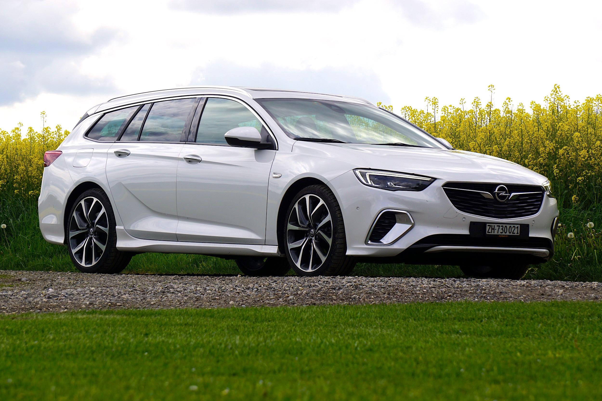 Test Opel Insignia Sports Tourer Radicalmag 2018 1 Irgendwie Schade Denn Der Ist Als Gsi Nicht Sportler Sondern Mehr So Souvern